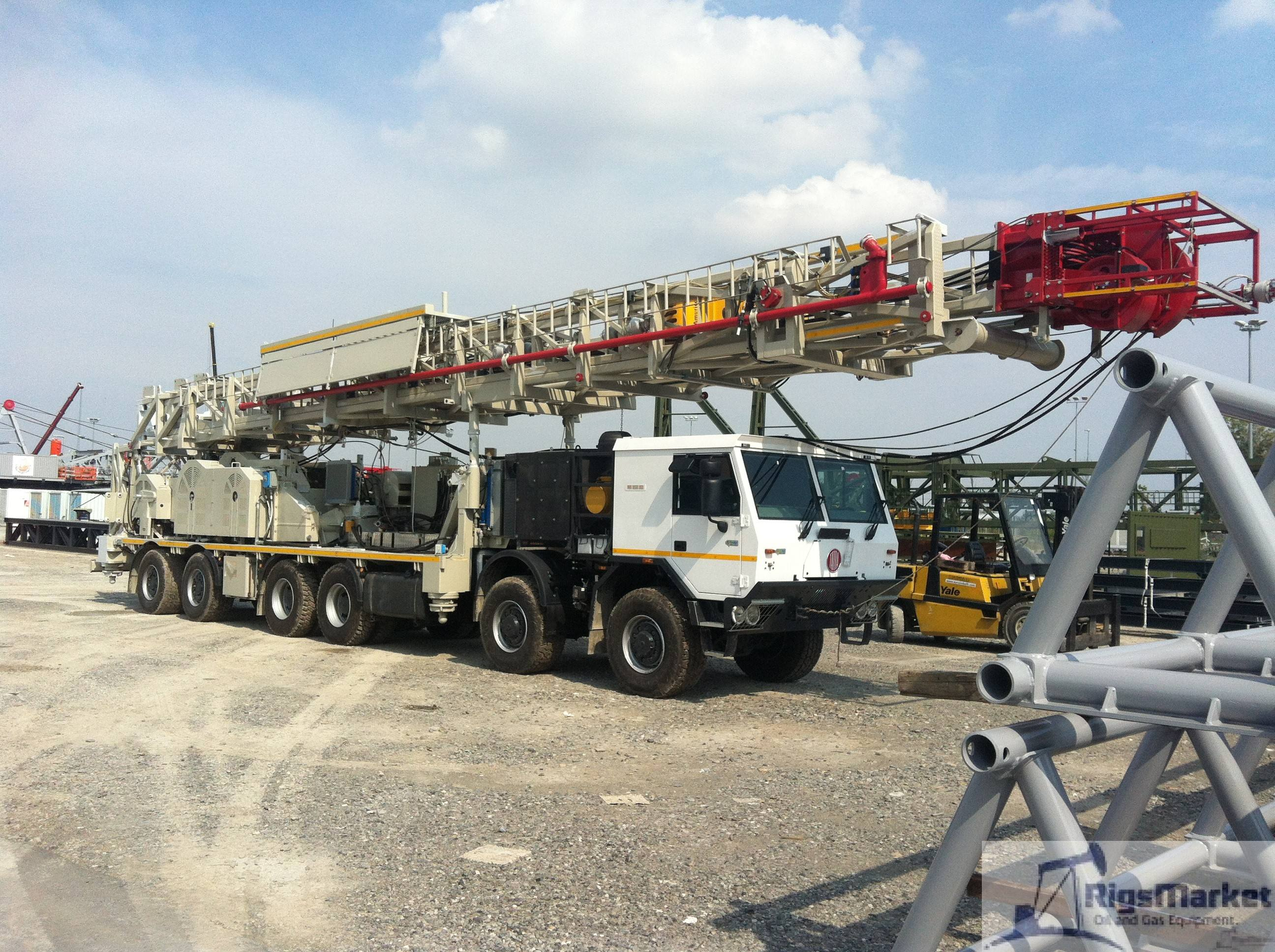 Used Workover Rig Mr4000 Db Carrier