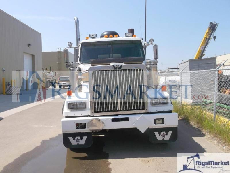USED HOT OILER ON A 2003 WESTERN STAR TRUCK