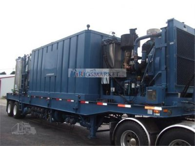 2009 Kalyn Siebert hydraulic fracturing hydration unit, 1,092 hours, Cummins QSKIS diesel engine, operating condition, all controls included.