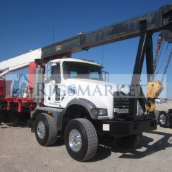 Mack with 30ton Crane- RigsMarket